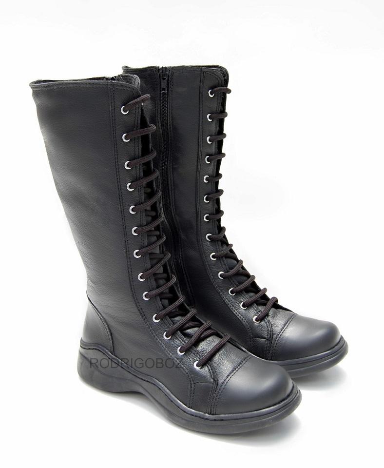 bota feminina couro ref: 2070 estilo coturno militar metal dark gótico
